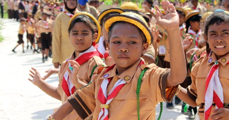 Children activities in primary education in Indonesia